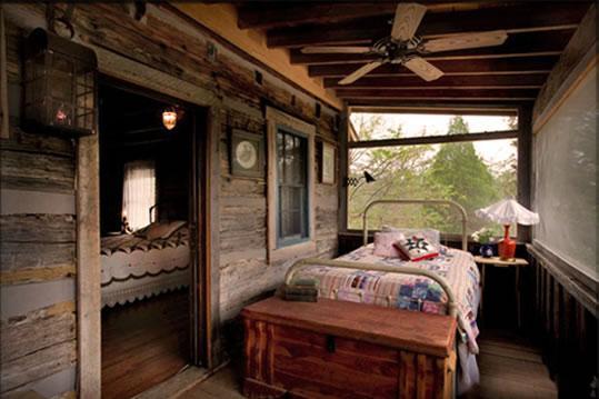 Sleeping porch1 cv