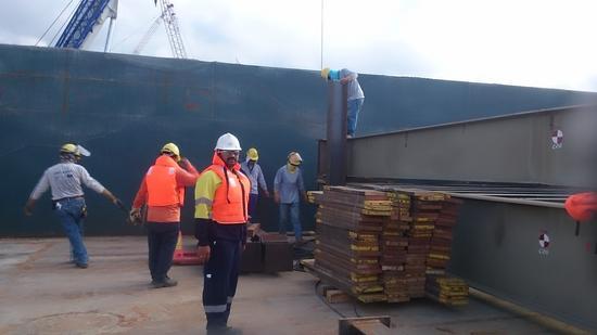 Barge 2 cv