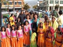 Indianfamilies 1  cv