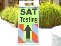 Sat sign ahead03 742940 1  cv