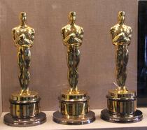 Oscar statues cv