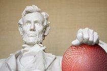 Lincoln cu istock 000008119899medium 509 x 339 cv