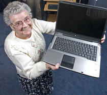 Lady with laptop cv