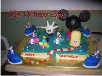 Mickey club house cv