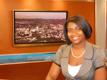 Wsls tara at the desk cv