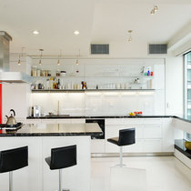 Four seasons white kitchen black marble cv
