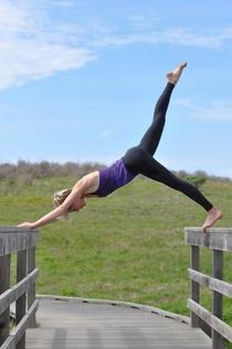 Karlybehymer yoga cv