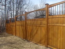 8foothigh cedar and metal post fence   p3250006 cv