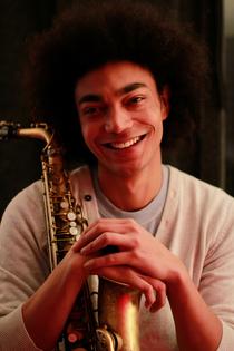 Chris sax cv