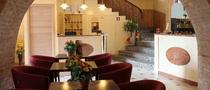 Hall residence 2 cv