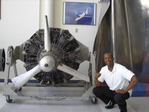 Sean and plane engine cv