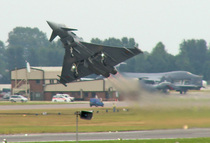 Eurofighter typhoon take off cv