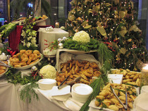 Festivebreakfastbuffet2 cv