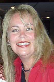 Anita Warren