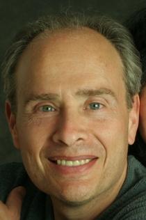 Howard Schechter