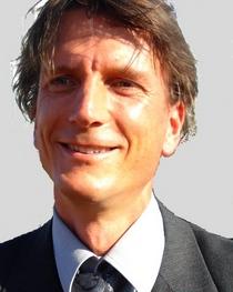 Ulrich Kuhnhardt