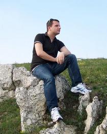 Tibor Mravik