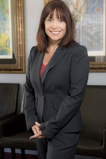 Dr. Anne Nicholas Dds