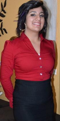 Iris Del Villar