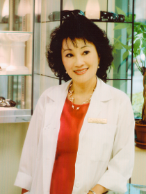 Dr. Sophie Dao