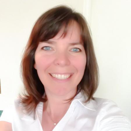 Tia Henriksen