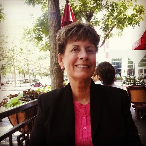 Dr. Carolyn Koos