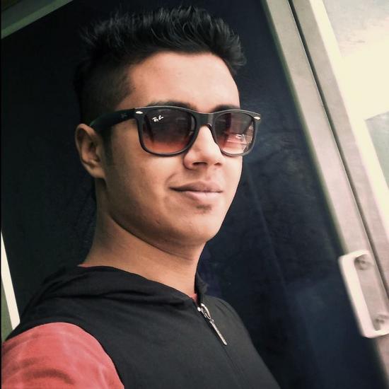 Isham Azad