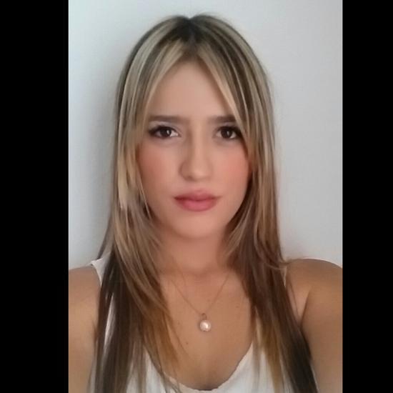 Daniela Pineda e.