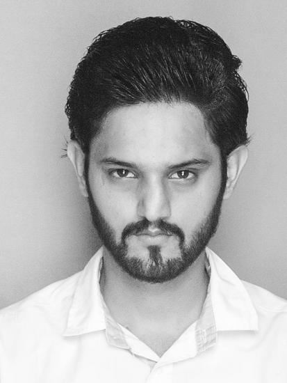 HI, I am Sardar Muneeb  Akhtar