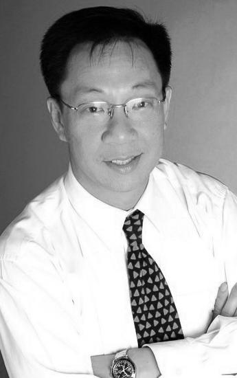 Simon Tan