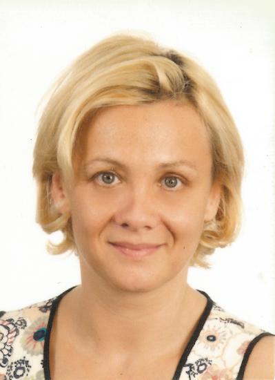 N Icolette Szagmeiszter