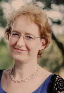 Valerie Kampmeier