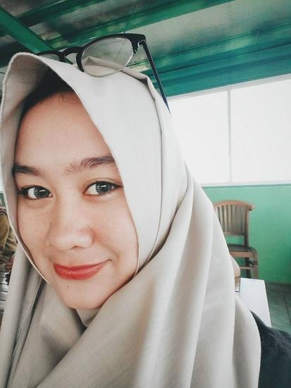 Anissa Nur Ihsani  Prawira