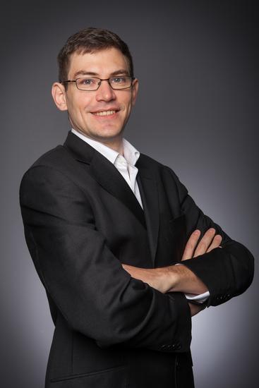 Eric DESHAYES