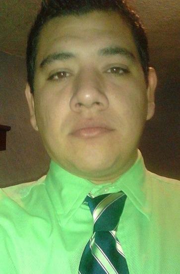 Esaú Hernández Oyervides.