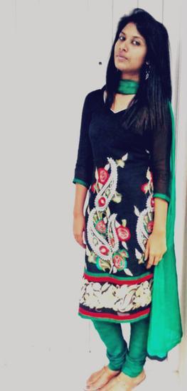 Srinithi Shalina