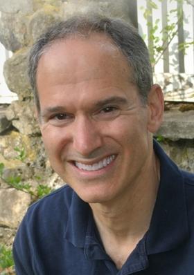 Dr Christopher Defilippi