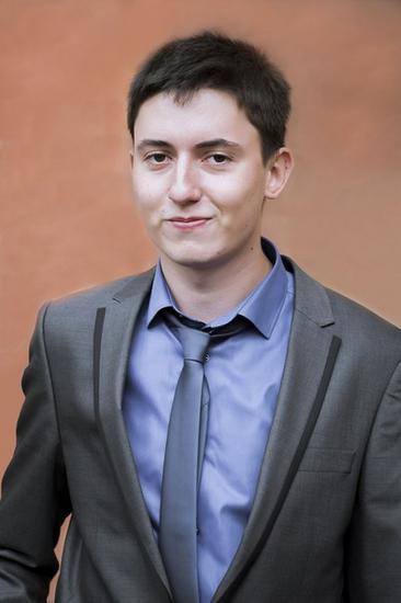ДЕНИС Горлов