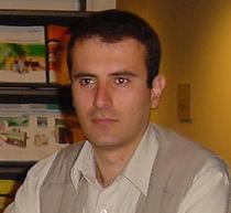 Andre Derkeverkian